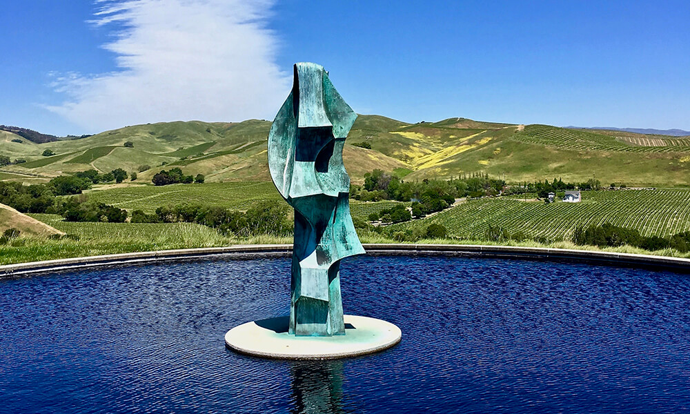 Artesa Winery fountain and vines.